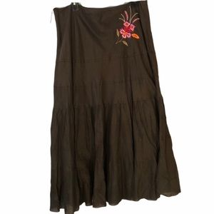 Kaktus brown skirt with embroidered flowers
